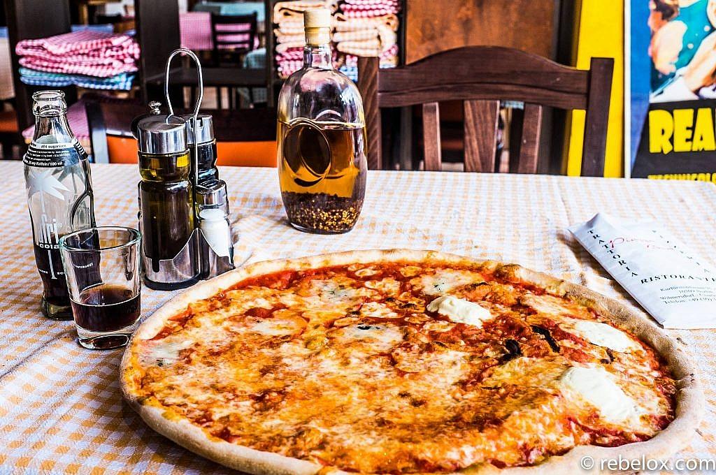 A pizza de um mercado sem rumo