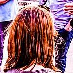 O colorido dos teus cabelos é o vermelho da minha alegria